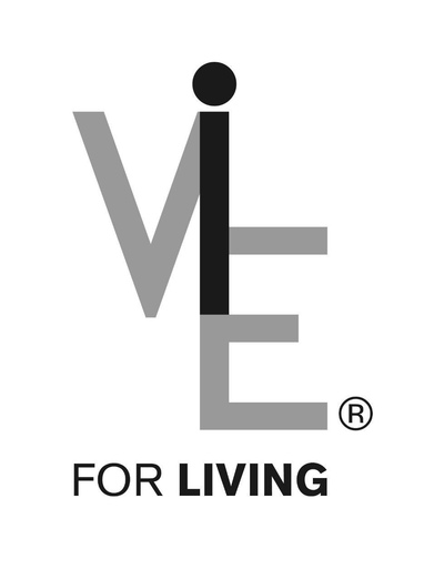 2 vazen van Vie for Living